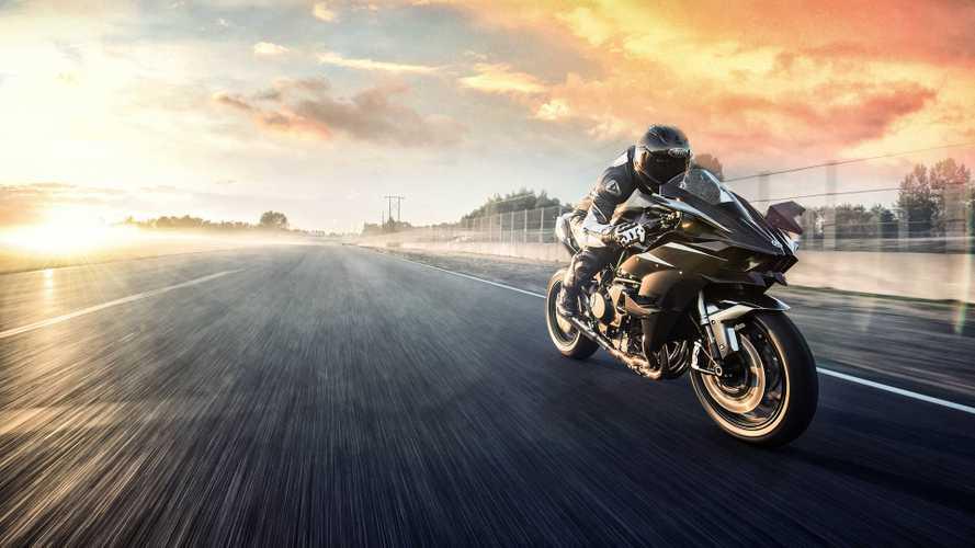 Kawasaki Ninja H2R chega aos 326 cv por R$ 357.000