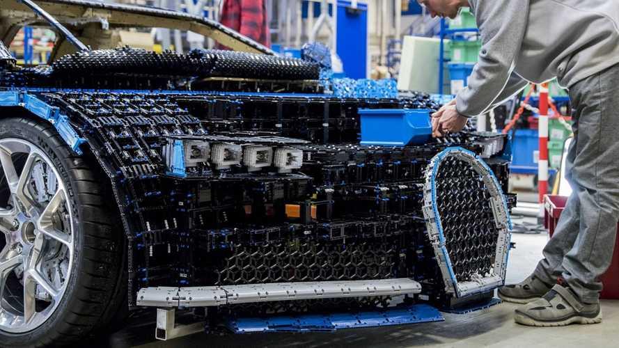 Una Bugatti Chiron da 1.000.000 di mattoncini Lego (e si può guidare)
