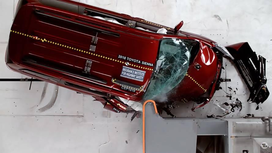Most Popular Minivans Get Crash Tested, Toyota Sienna Fares Worst