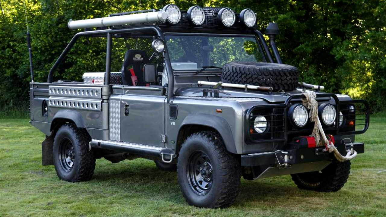 Land Rover Defender 110 Tomb Raider film car