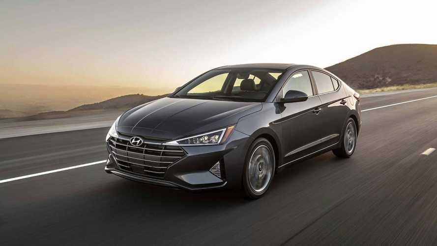 Novo Hyundai Elantra 2019 ganha visual mais agressivo e itens inéditos