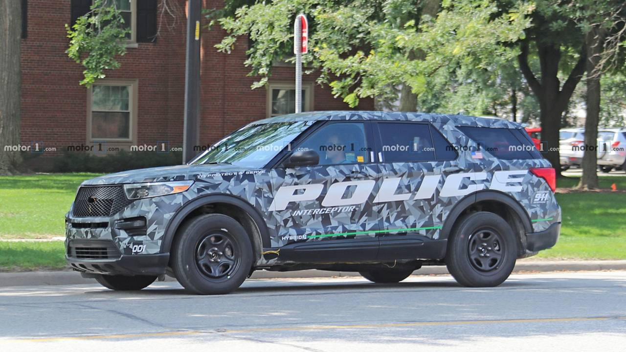 2020 Ford Explorer Police Interceptor Caught Completely Uncovered