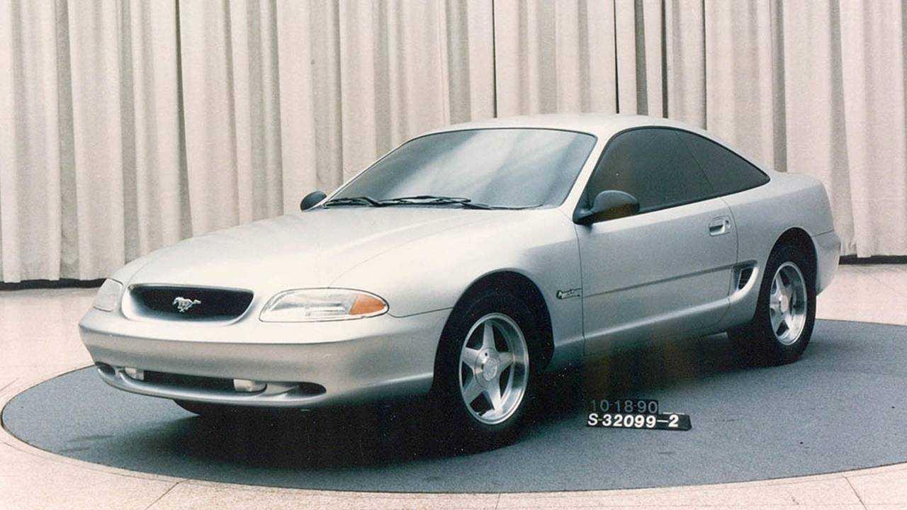 Ford Mustang Bruce Jenner (1990)