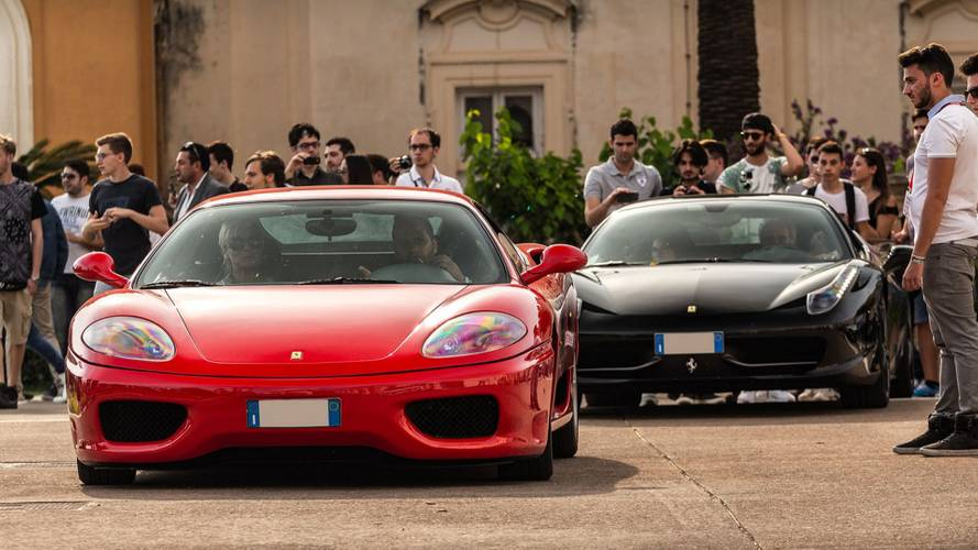 Cars & Coffee arriva a Napoli