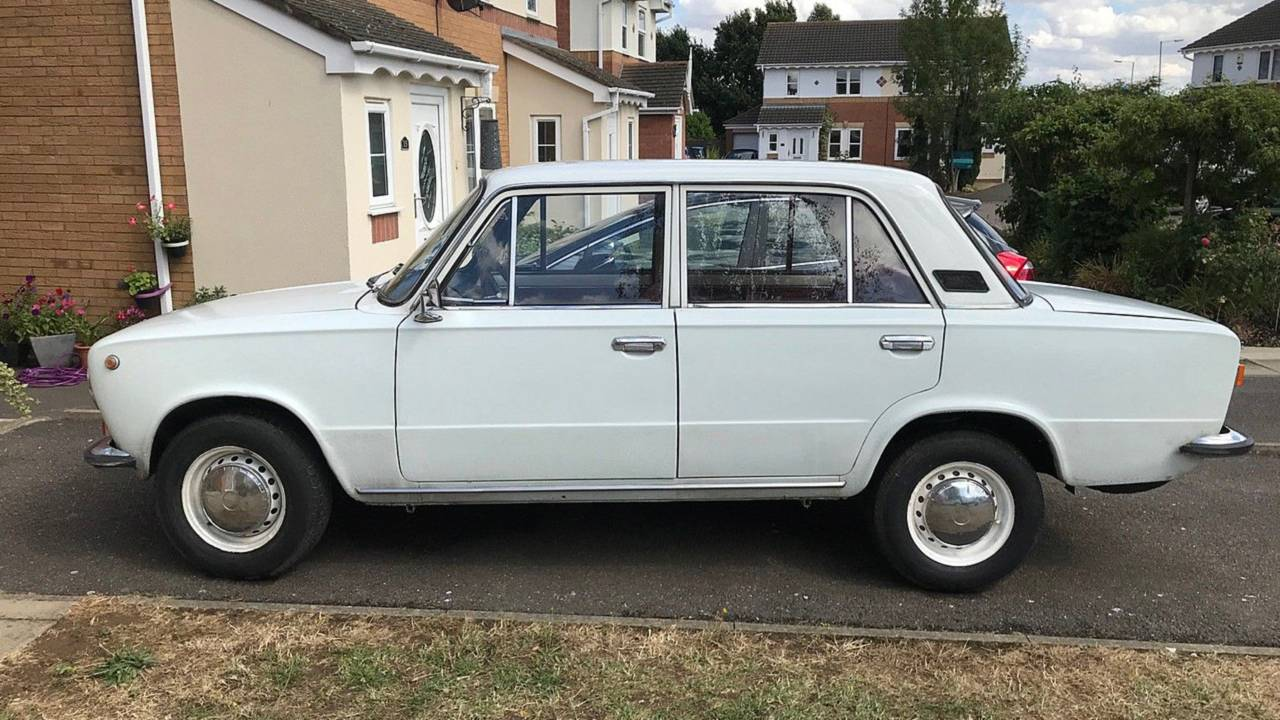 1975 Lada 2101 – current bid at $663