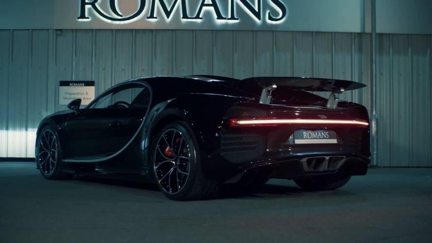 Akár egymilliárd forintnál is többet adhatnak az első használtként hirdetett Bugatti Chironért
