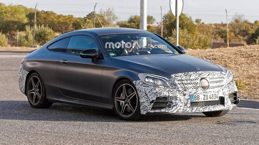 Makyajlı Mercedes-AMG C43 ve C63 Coupe objektiflere takıldı