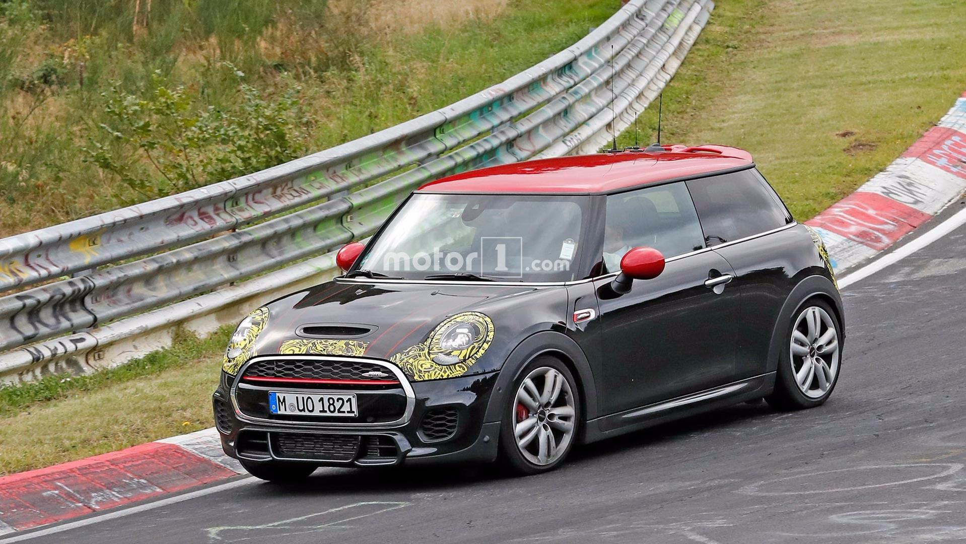 Mini Spied Running Refreshed Cooper Jcw At The Nürburgring