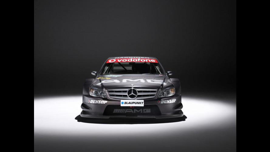 Mercedes festeggia il DTM in Italia