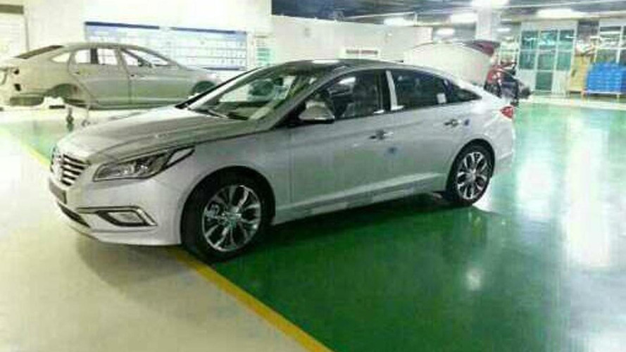2015 Hyundai Sonata spied on the factory floor