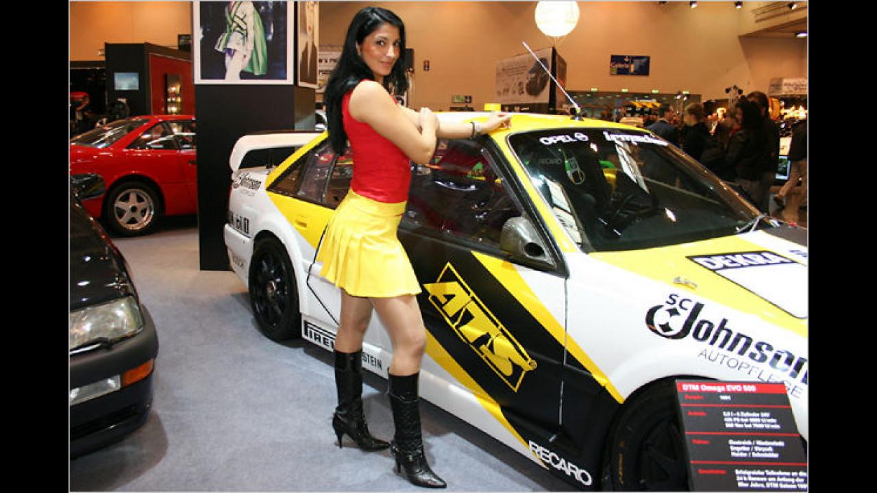Hingucker: Tja, was bei den Damen die Stiefel, sind bei den Autos die Felgen