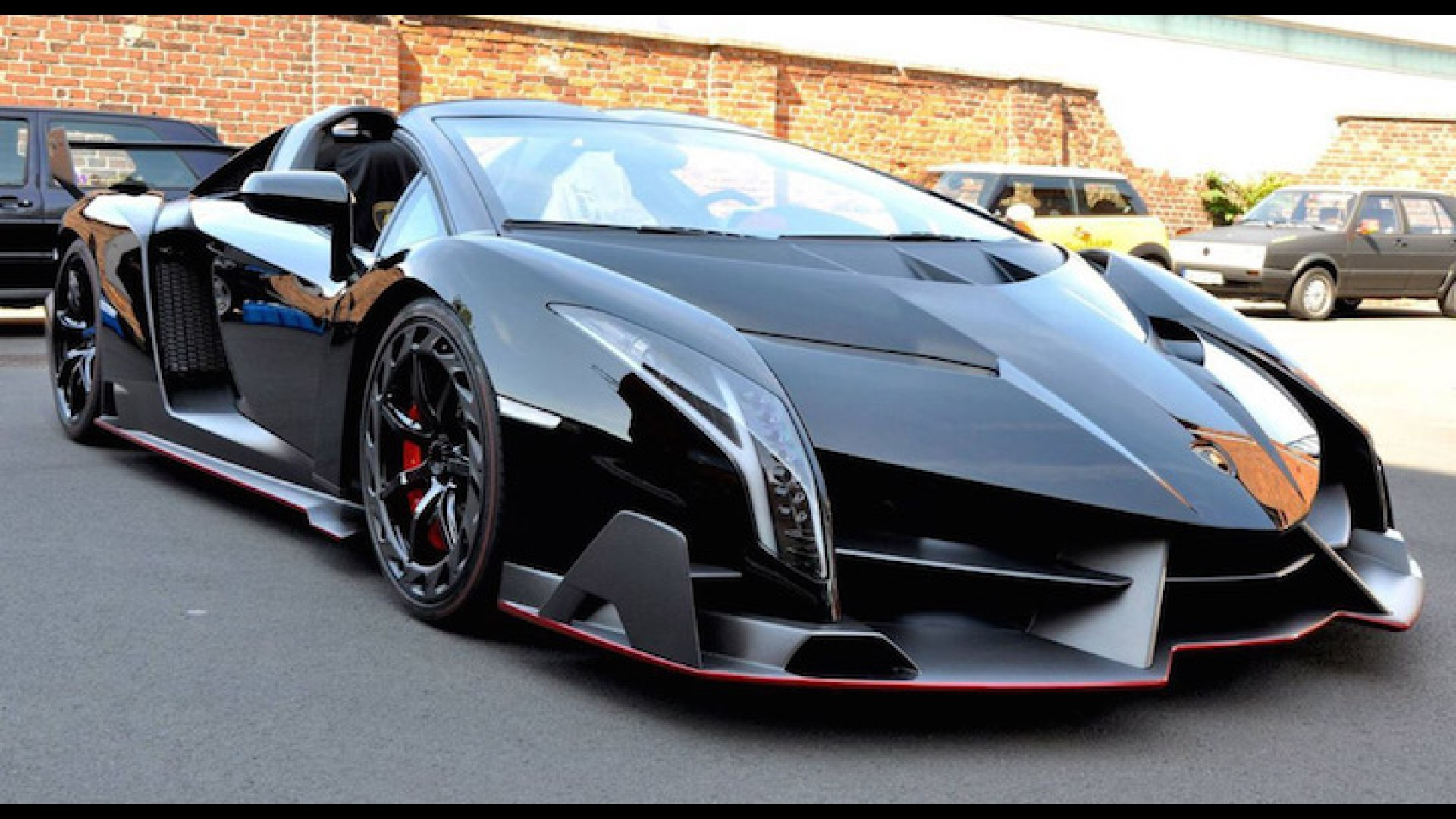 Lamborghini Veneno For Sale >> Lamborghini Veneno Roadster Sells For A Whopping 5 5 Million