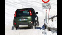 Nuova Fiat Panda 4x4 sulla neve