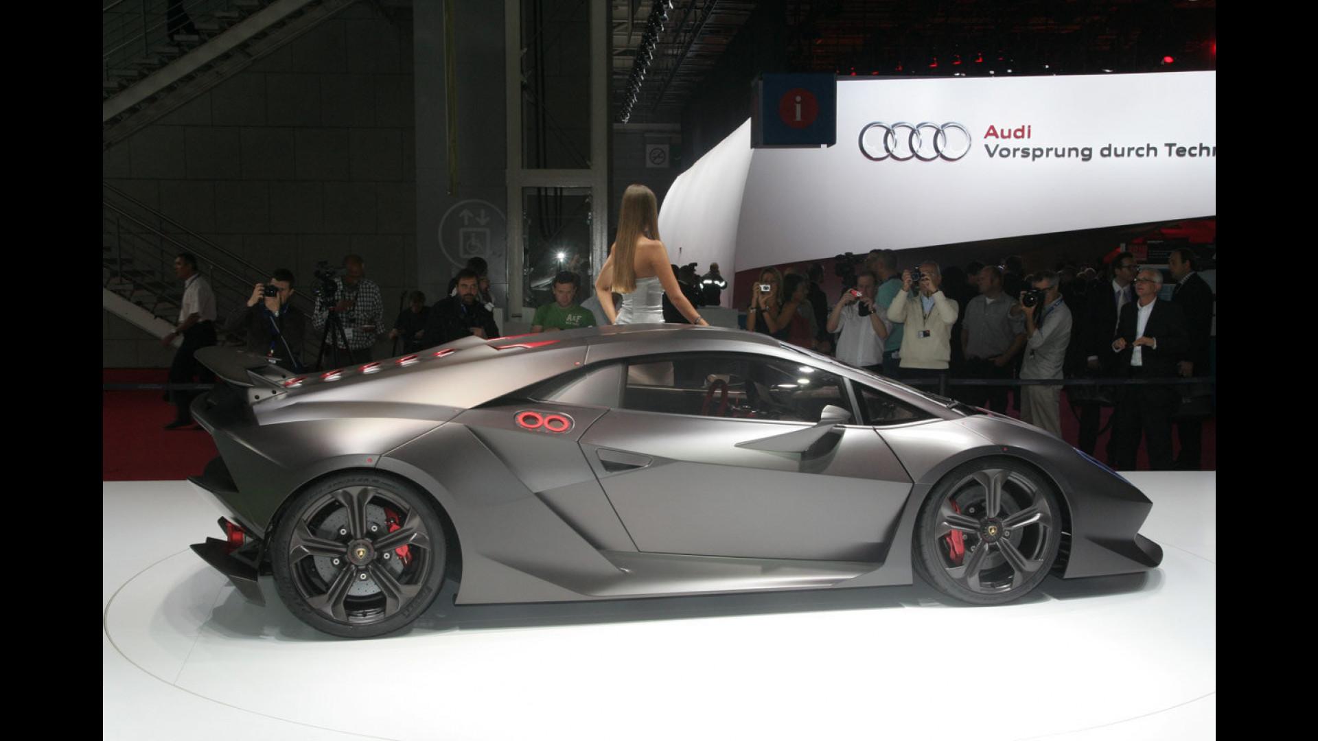 Lamborghini Sesto Elemento Costera 1 9 Mln Di Euro