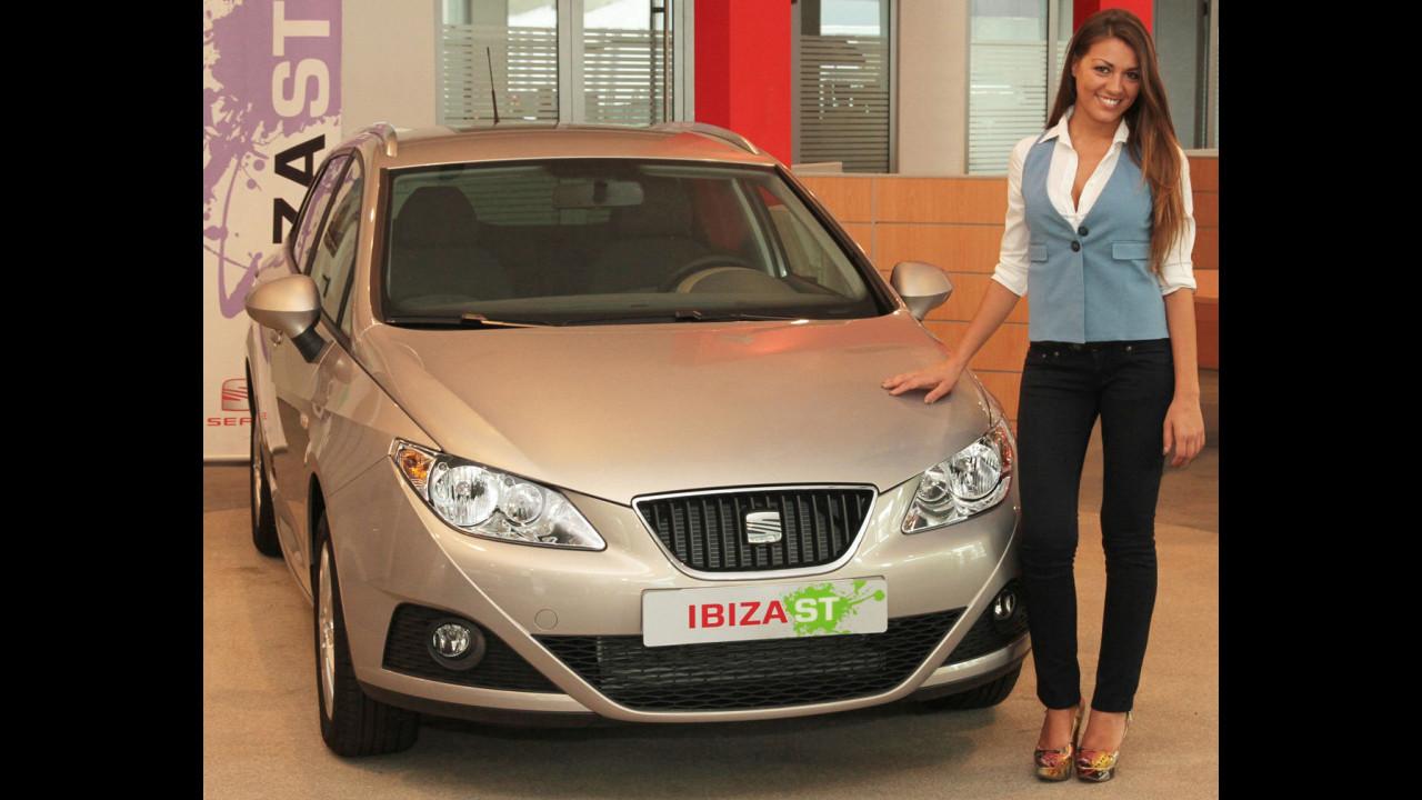 DJ Ylenia riceve la sua Seat Ibiza ST 1.6 TDI