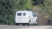 2012 Mercedes-Benz City Van first spy photos 05.12.2011