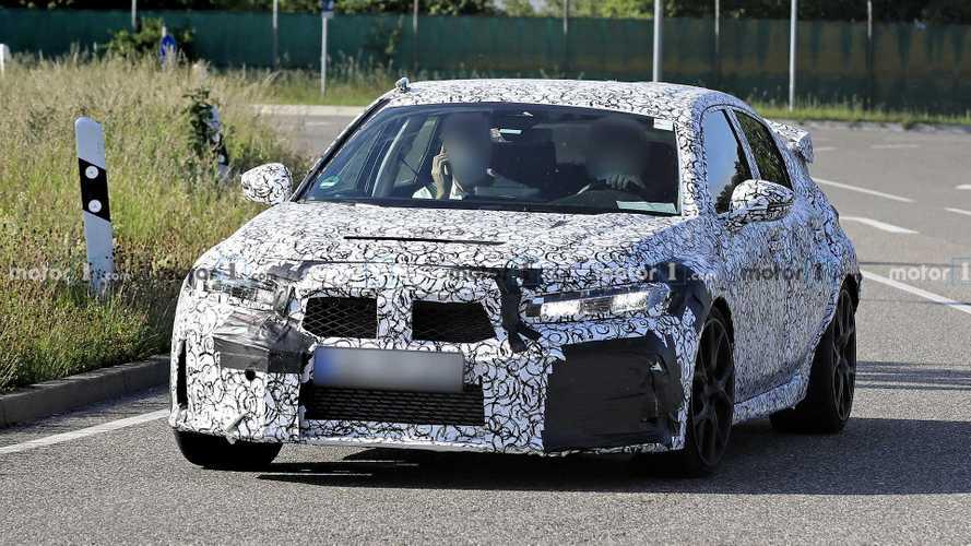Flagra! Novo Honda Civic 2022 terá visual evolutivo e com inspiração no Accord