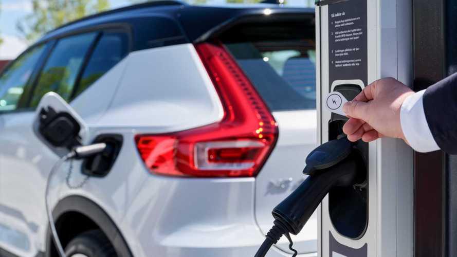 Volvo Cars ve Plugsurfing el sıkıştı