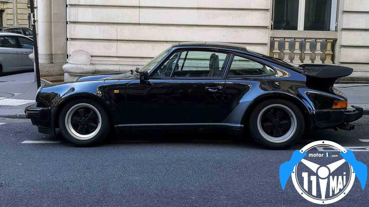 Porsche 911 vignette stationnement