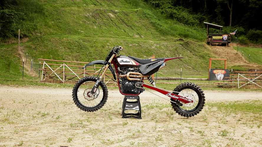 Indian FTR 750 Hill Climb Race, dall'ovale all'arrampicata
