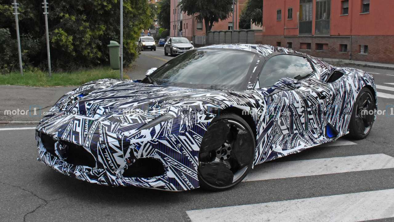 2021 Maserati MC20 spy photo