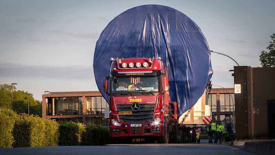 Mercedes Actros e i trasporti eccezionali: 330 tonnellate per 33 km