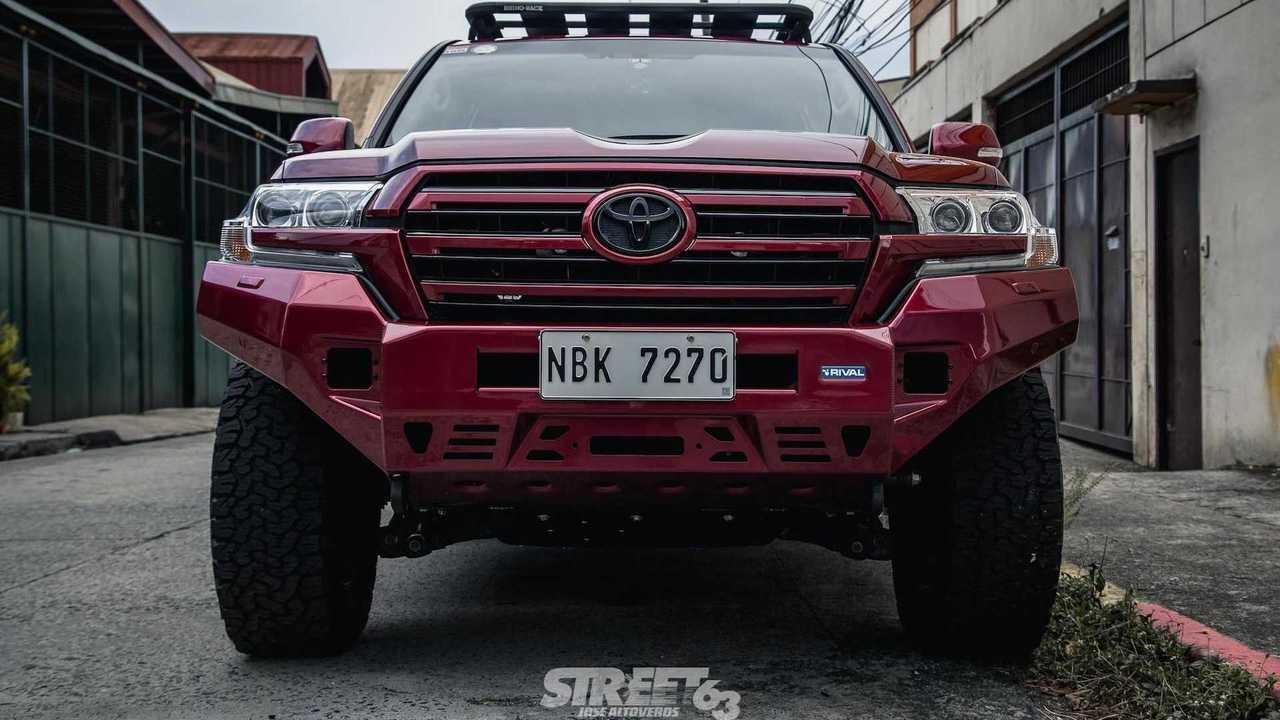 Manila-Proofed Toyota Land Cruiser