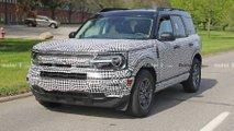 Ford Bronco Sport - Novos flagras com grades diferentes