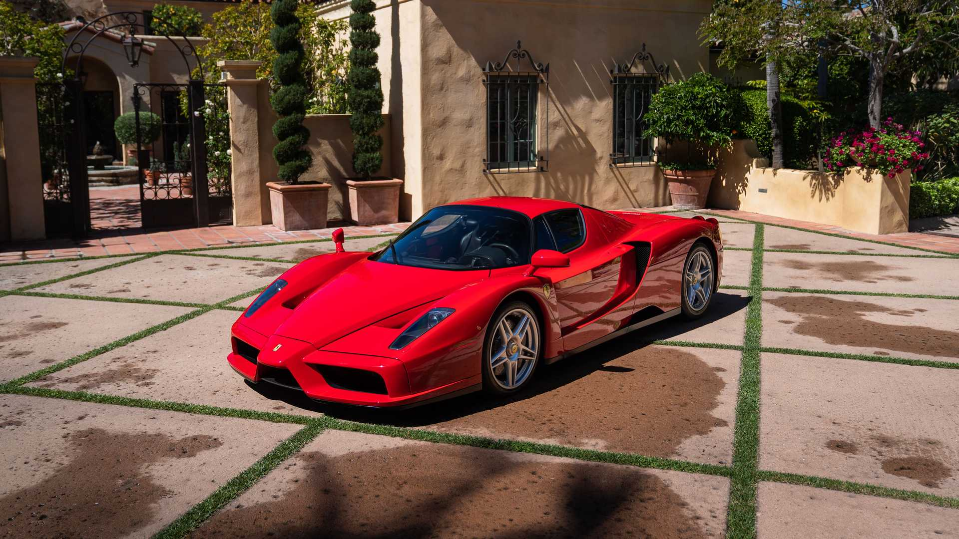 2003 Ferrari Enzo sold at auction for $2,640,000