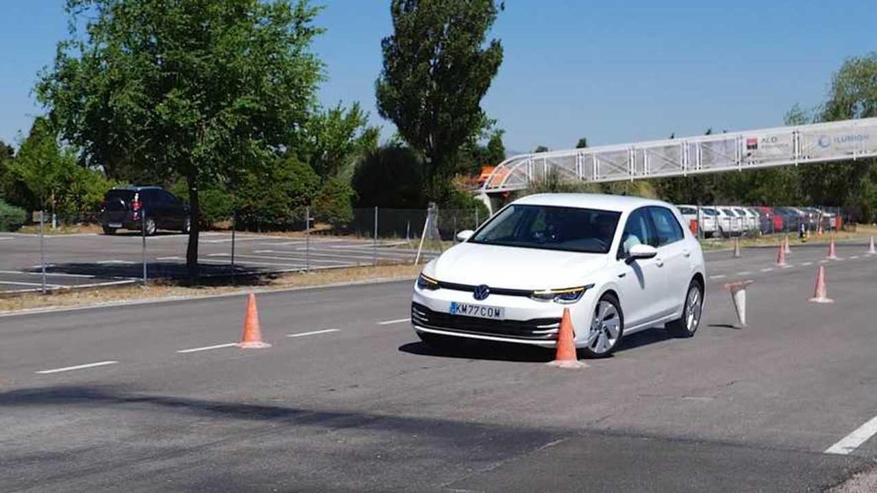VW Golf jávoszarvasteszt
