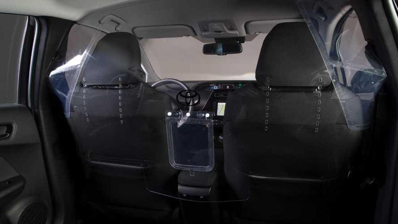 Toyota Prius coronavirus screen