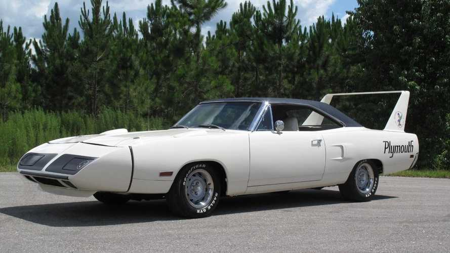 Classics for sale: 1970 Plymouth Superbird