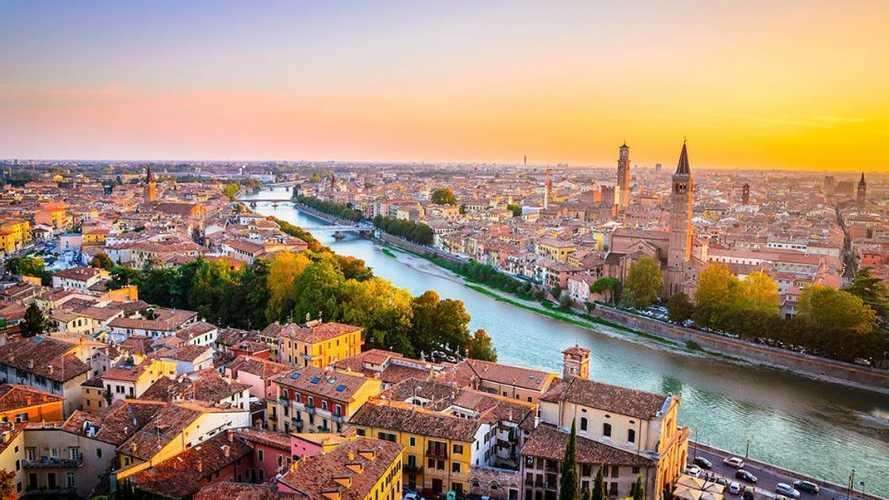 Auto elettriche a Verona, accesso ZTL, strisce blu e altre agevolazioni