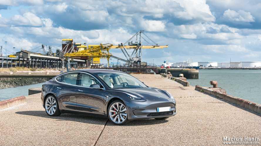 Une batterie de 100 kWh bientôt disponible pour la Tesla Model 3 ?