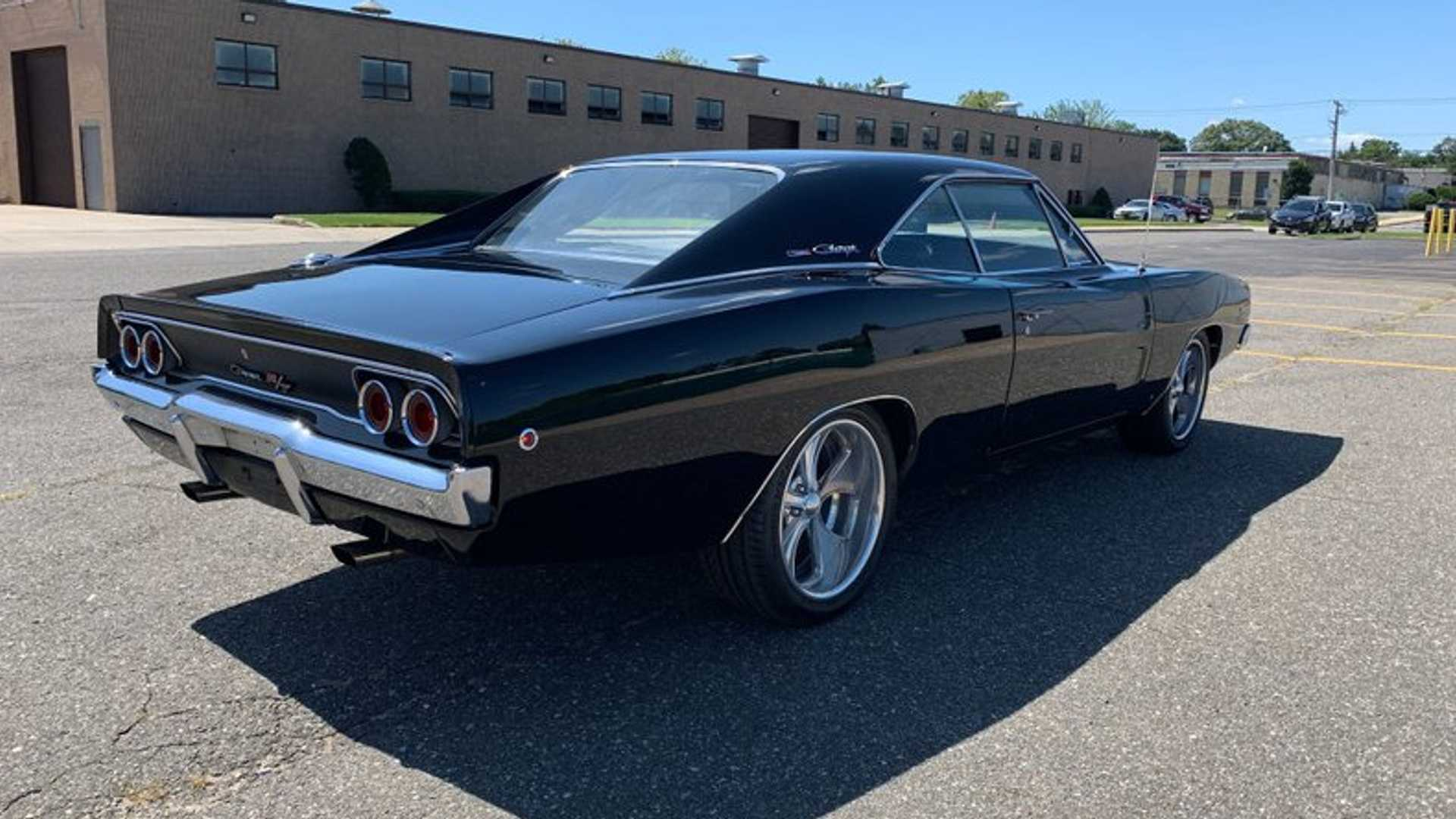 "[""1968 Dodge Charger R/T""]"