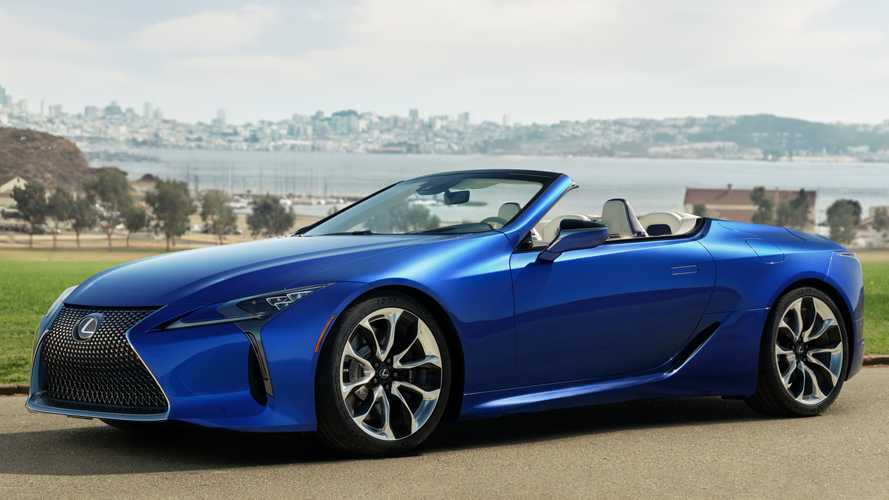 Lexus LC 500 Convertible sings V8 tune during Autobahn top speed run