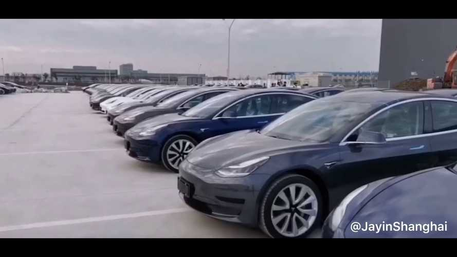 See Hundreds Of Tesla Model 3 At Tesla Gigafactory 3: Video