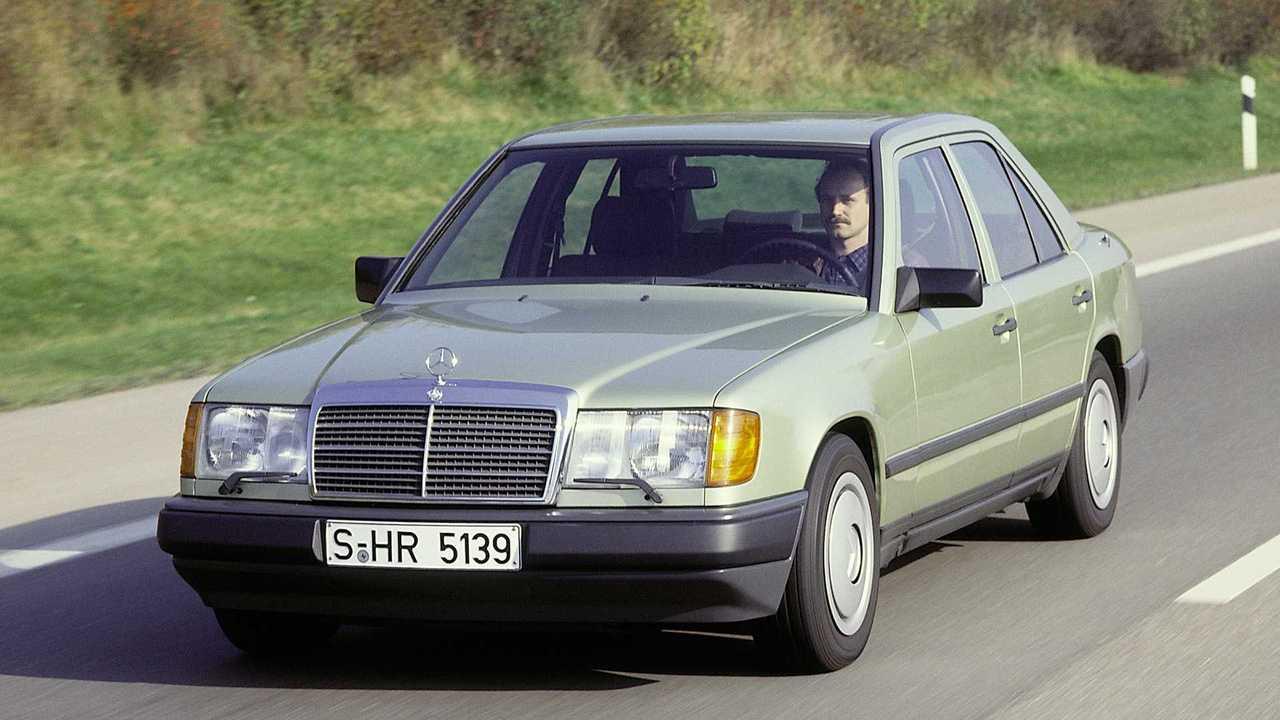 Mercedes-Benz präsentiert vor 35 Jahren die Baureihe 124