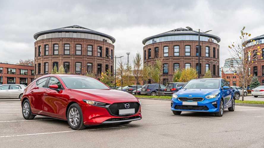 «Шашечки» против «ехать»: сравниваем Kia Ceed и Mazda3