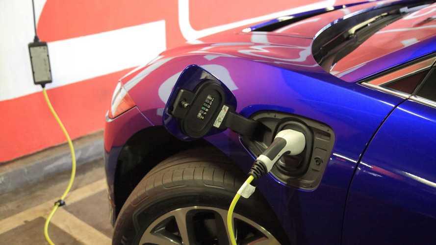В России резко сократились продажи новых электромобилей