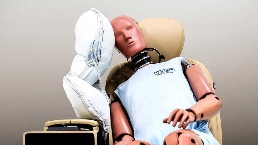 Новая боковая подушка безопасности Hyundai