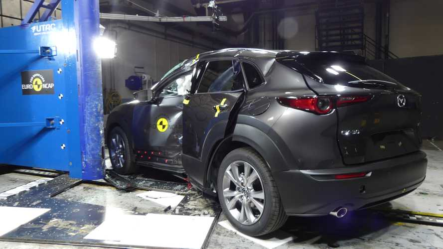 Marza CX-30 Crash Test