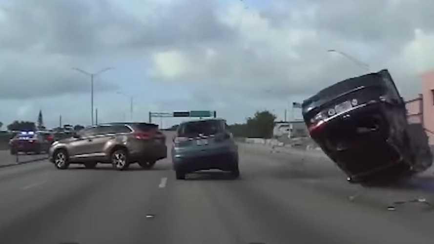 Nem, nem a Halálos iramban újabb epizódját forgatták az autópályán - videó