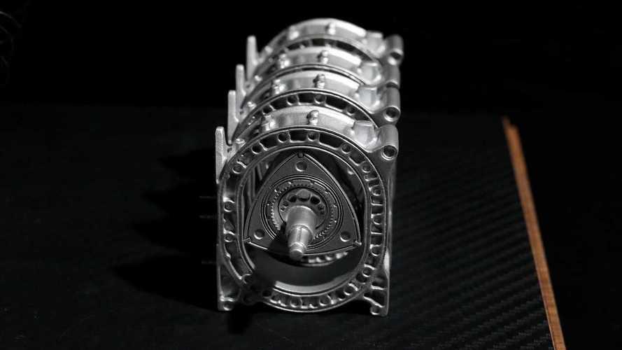 Foto modellino motore Wankel Mazda 787B