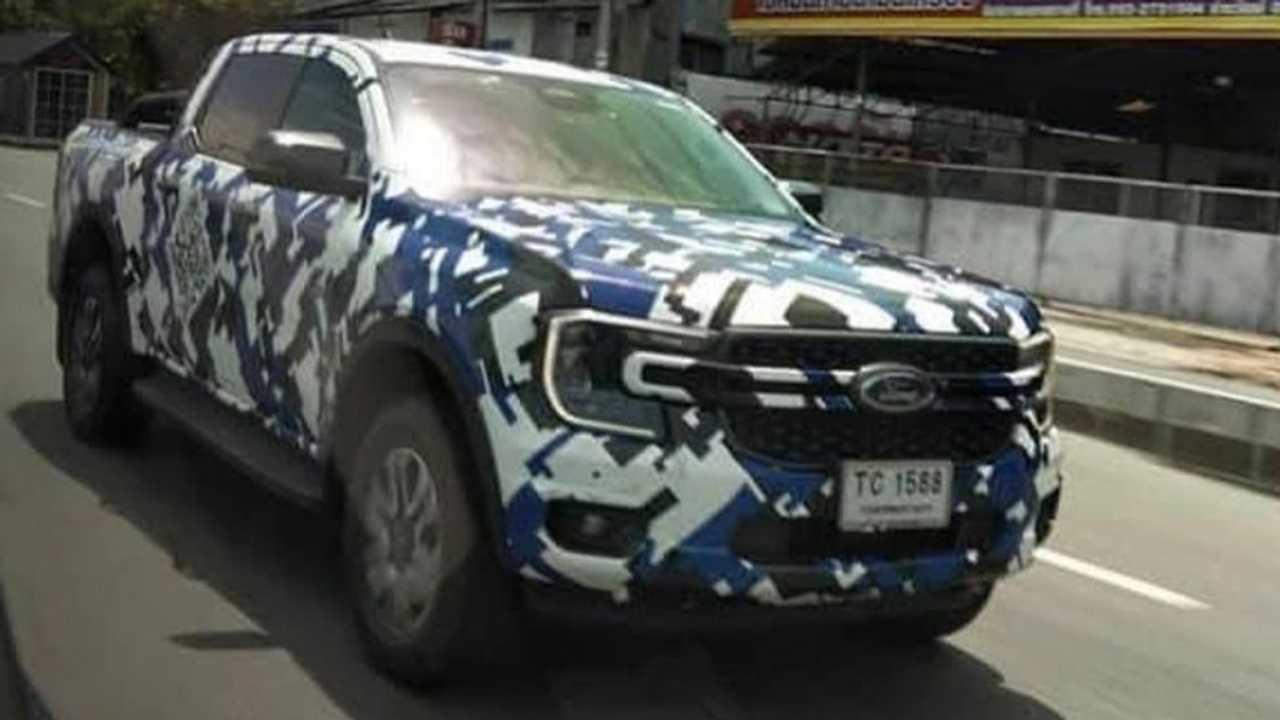 Ford Ranger 2023 - Flagra de frente