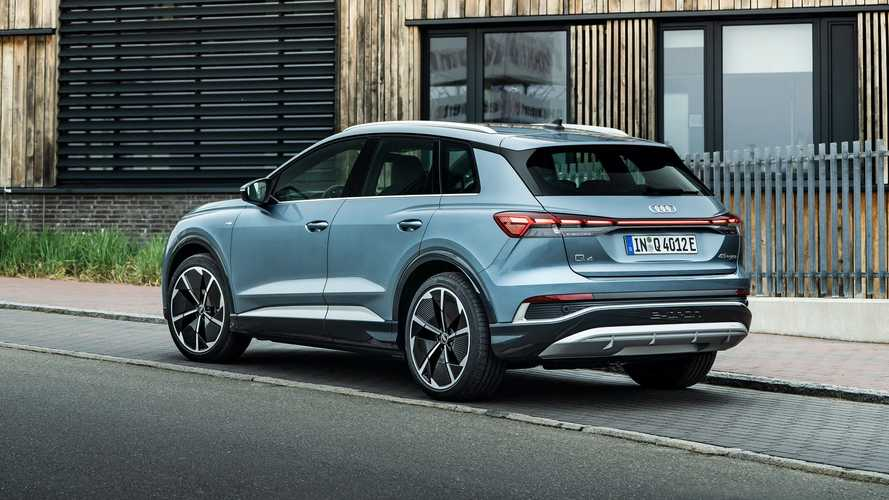 2022 Audi Q4 e-tron 45 quattro European-spec