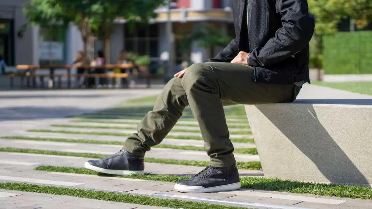 Dainese Chinos Tex Pants - Sitting