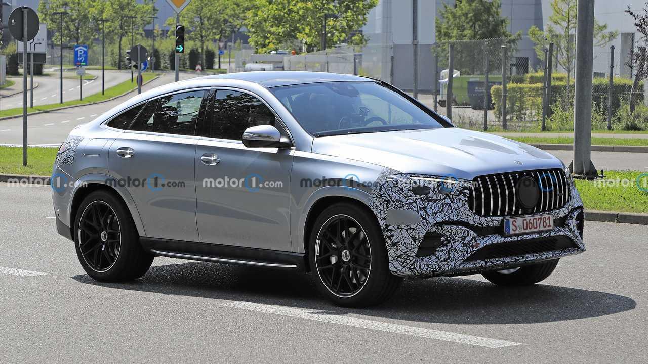 Makyajlı Mercedes GLE Coupe Prototipi Ön Cephe