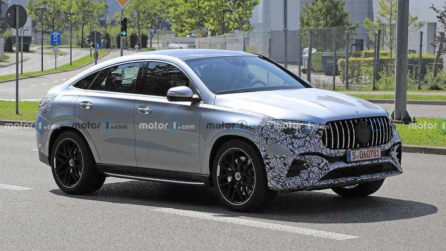 Mercedes GLE Coupe, makyajlı yüzünü gizlerken yakalandı