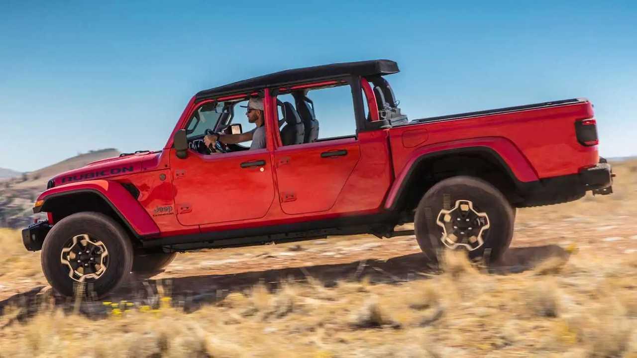 Jeep Gladiator is getting half doors.